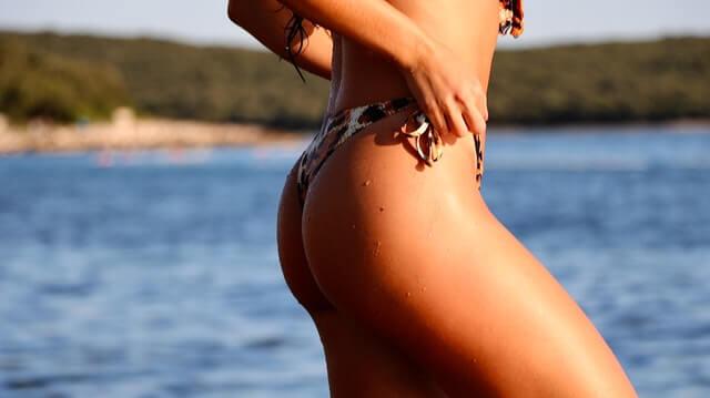 お尻を綺麗にする3つの方法。キュッと上向きヒップで後ろ姿美人へ