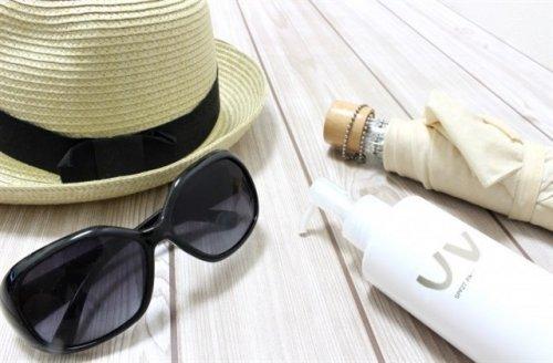 日焼け止め・帽子・日傘・サングラス
