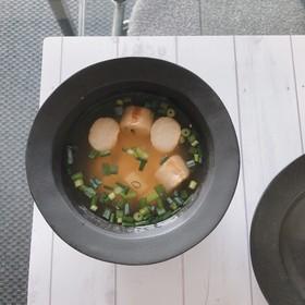 豆腐とお麩の味噌汁