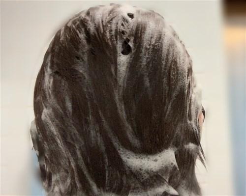 My BOTANISTのシャンプーで洗髪