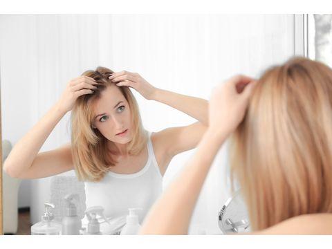 女性の髪の毛が抜ける生活習慣は7つ!まだ間に合う抜け毛対策
